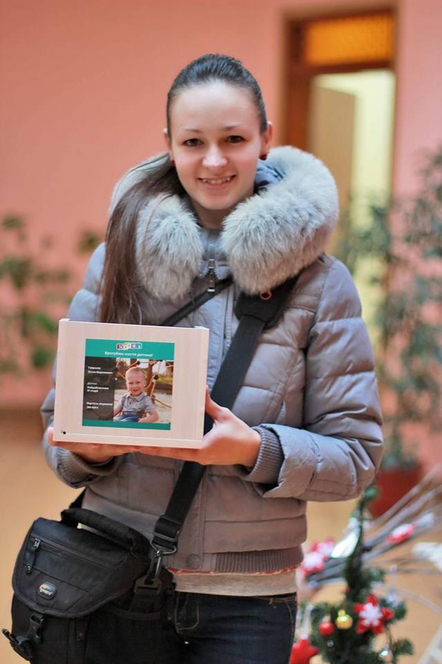 На благодійній фотосесії у Франківську для хворого на нейробластому хлопчика зібрали 4856 гривень