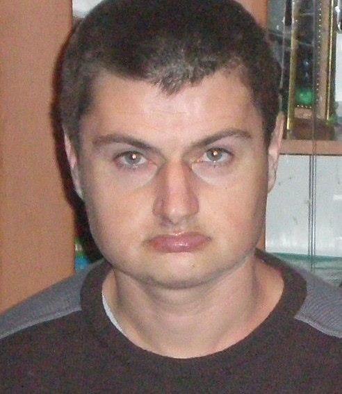 На Франківщині вже майже рік розшукують 37-річного чоловіка