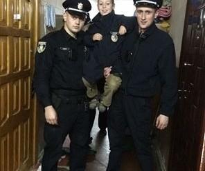 У Франківську п'яна жінка забула у маршрутці дитину – поліція знайшла хлопчика