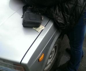 На Галичині СБУ затримала на хабарі трьох співробітників поліції (фото)