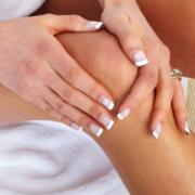 Чому у вас болять коліна: ТОП 4 причини