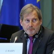Єврокомісар назвав місяць, коли Україна отримає безвізовий режим
