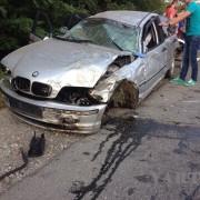 """На Прикарпатті трапилася ДТП, у якій """"BMW"""" фактично розірвало на шматки (фоторепортаж)"""
