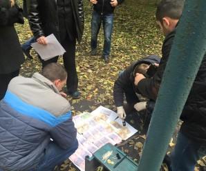 В Івано-Франківську на хабарі спіймали працівників поліції (фото)