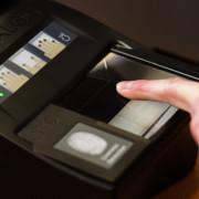 В Україні з 1 жовтня розпочався перехід на біометричні паспорти