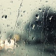 Потоп у Франківську: на вулицях плавали машини (фотофакт)