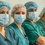 Українським медикам знову обіцяють підвищити заробітну плату