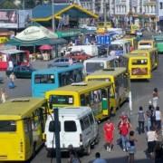 Стали відомі автобусні маршрути, де найвірогідніше вас можуть обікрасти. Відео