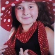У Франківську шукають 12-річну дівчинку, яка пішла в магазин і не повернулася (фото)