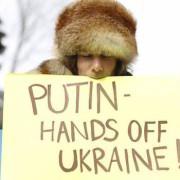 Елка будет, денег нет, но вы держитесь – передноворічний дерибан грошей Криму