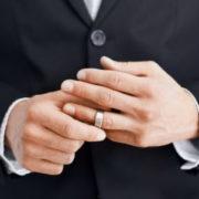 Яких жінок бажають одружені чоловіки?