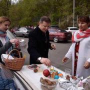 Великодні кошики політиків: як і де святили