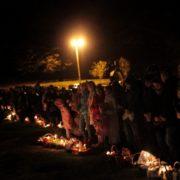 Сотні прикарпатців серед ночі освятили великодні кошики в монастирі у Погоні