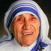 До Івано-Франківська з нагоди Дня міста привезуть мощі Святої Матері Терези