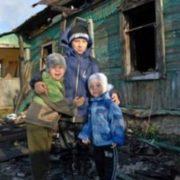 10-річний хлопчик виніс з палаючого будинку 3-х братів