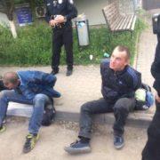 Поки франківці та поліцейські шукали вбивцю, труп ожив і пішов додому (фото)