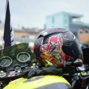 В Івано-Франківську сотні байкерів промчали вулицями міста (фото)