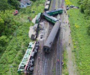 Зіткнення поїздів на Хмельниччині: стало відомо, що з пасажирами