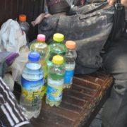 У Франківську жінка намагалась підкупити патрульного літрою розведеного спирту
