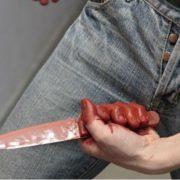 У Франківську різанина: чоловік отримав два удари ножем у живіт