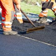 В Івано-Франківську за півмільйона відремонтують під'їзну дорогу до станції швидкої меддопомоги