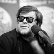 Борис Гребенщиков презентував пісню про «скрепи та окови»