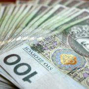 Безвіз в дії: українцям в Польщі почали платити вдвічі більше