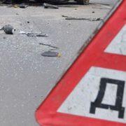 Подробиці подвійної ДТП в Івано-Франківську: пасажир автівки отримав перелом хребта