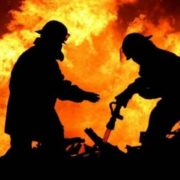 Вісім пожеж за добу: крім циганів, горіли будинок і торговий павільйон