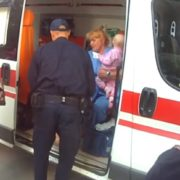 Молодшому менше року: у Харкові жінка на три дні покинула трьох маленьких дітей (відео)