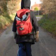 Що ж це за країна: маленький син кіборга мріє про куртку та взуття
