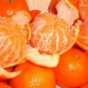 Обираєте мандарини на Новий рік? Погляньте, яка небезпека у них причаїлася