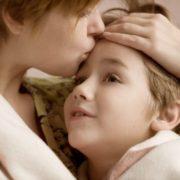 """""""Колись мама тобі розкаже"""": хвороба сина змусила шукати чоловіка-зрадника"""