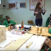 """Хоббі-терапія: Як франківський """"Карітас"""" підтримує молодь з інвалідністю"""