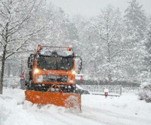 Під колесами снігоприбиральної техніки опинилася 24-річна жінка
