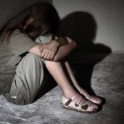 Зґвалтував власний батько, після чого наказав доньці мовчати, а через декілька місяців поїхав…