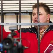 Сьогодні скандального блогера Коцабу можуть повернути у в'язницю