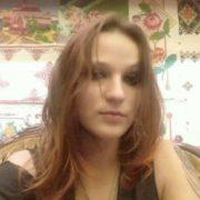Померла 29-річна франківчанка, яка днями випала з вікна п'ятого поверху