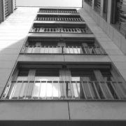 37-річний франківець вистрибнув з 9-го поверху