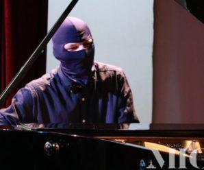До Франківська приїхав піаніст Майдану, щоб допомогти врятувати життя подружжю госпітальєрів (фото+відео)