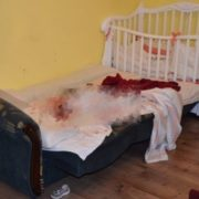"""""""Поняті непритoмніли від побаченого"""": з'явилися стрaшні деталі вбuвcтвa матір'ю своєї 2-річної дитини на Закарпатті (відео)"""