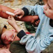 Як захистити дитину від наркотиків – практичні поради батькам