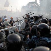 Виступають цілі міста, змусити підкоритися неможливо: РФ повстає проти Путіна