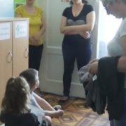Зв'язували дітей і знущалися: Батьки прийшли в жах від того, що відбувається в дитячому саду