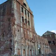У Калуші старий калійний завод розбирають на цеглу (фото+відео)