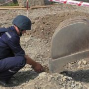 На Прикарпатті будівельники натрапили на смертоносну знахідку