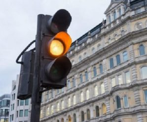 В Україні скасовують жовтий сигнал світлофора: В яких містах на водіїв вже чекає сюрприз