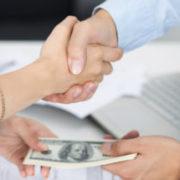 Скільки Україна винна зовнішнім кредиторам: підрахунки фахівців