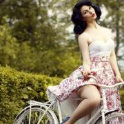 Кокетливі сукні та підбори: у Франківську відбудеться велопарад дівчат