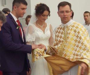 Молоде подружжя прикарпатців привітав з одруженням Папа Римський. ФОТО